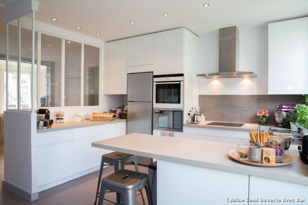 Bevorzugt cuisine-semi-ouverte-avec-bar-with-contemporain-cuisine-5.jpg (990  DS75