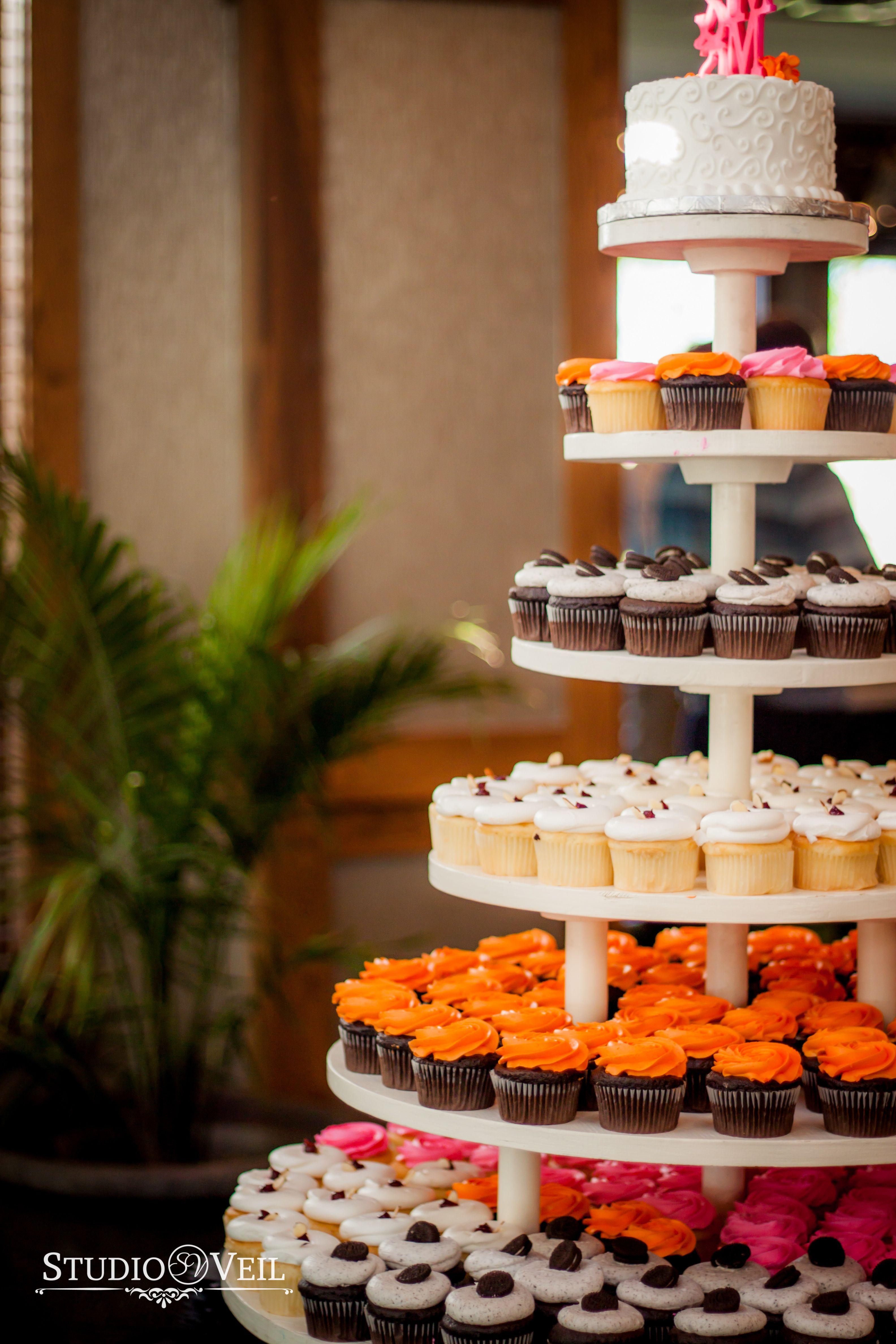 Wedding Cupcakes | Cupcakes | Wedding Reception | @dorothyannbaker ...