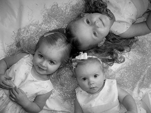 Good pose for three kids