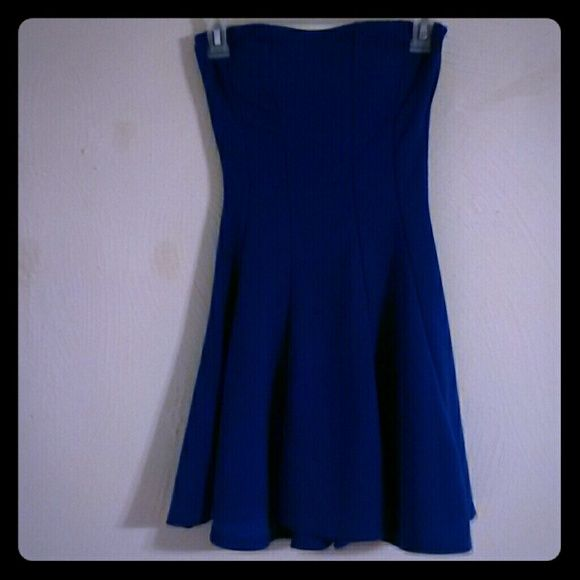 Cobalt blue skater dress Cobalt blue skater dress Swirl skirt  Strapless Size small So cute, just don't have a reason to wear it so I don't want it just sitting in my closet.  Never even wore it. kona Dresses
