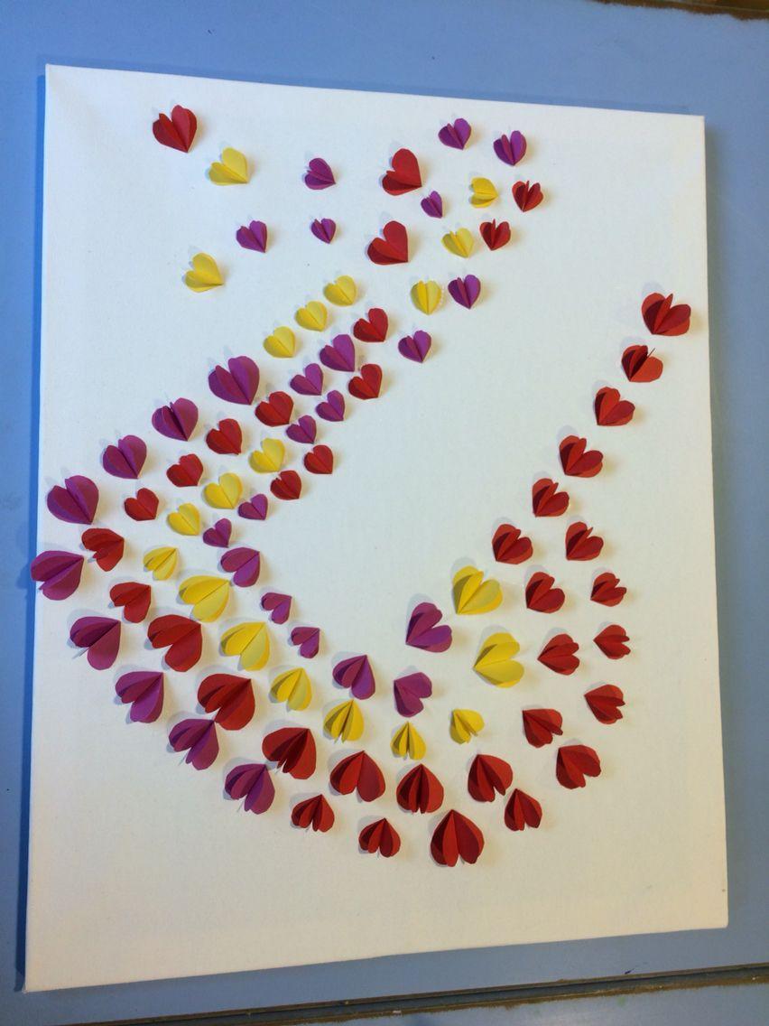 Canvas knutsel leuke hartjes tegen elkaar aangeplakt met wat dikker papier tip voor moederdag