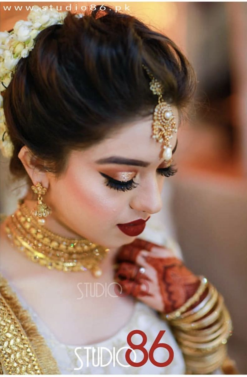 Brides Sister Hair Styles Womens Hairstyles Pakistani Bridal Hairstyles