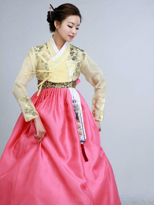 Pin de Andrea cortes en Hanbok | Pinterest | Folclore, Cultura y Traje