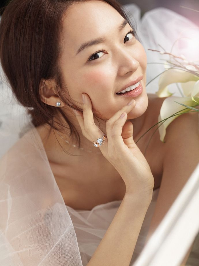 STONEHENGE Spring 2015 Ads Feat. Shin Min Ah | Couch Kimchi