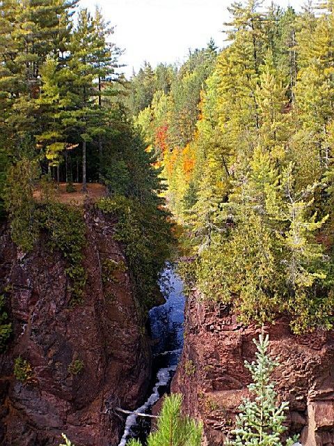 Copper Falls State Park A Wisconsin Park Located Nearby Ashland Wisconsin State Parks Wisconsin Vacation State Parks