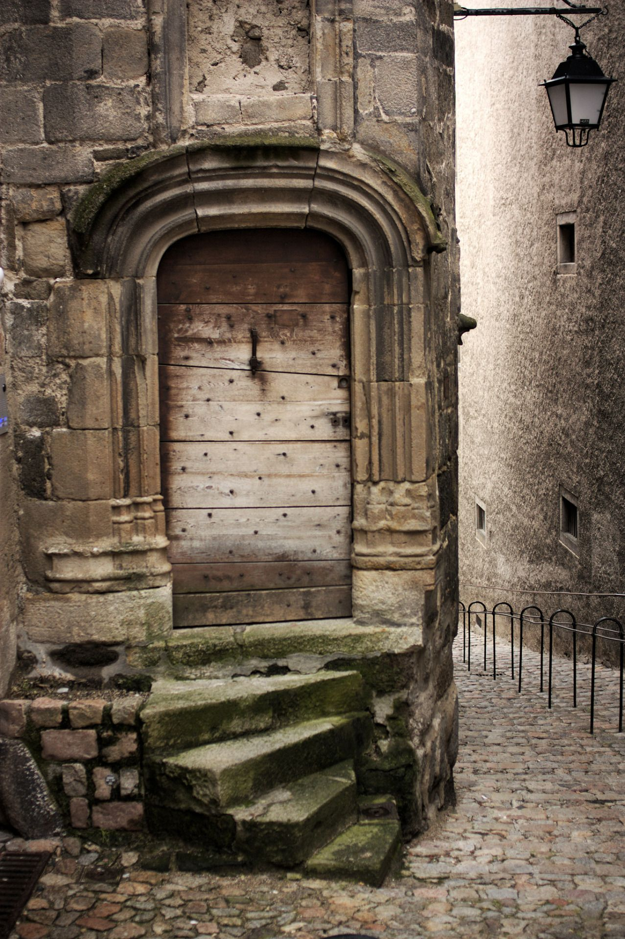 Amazing architecture & Haijee Doors in Auvergne | DISTINCTIVE DOORS | Pinterest | Auvergne ...