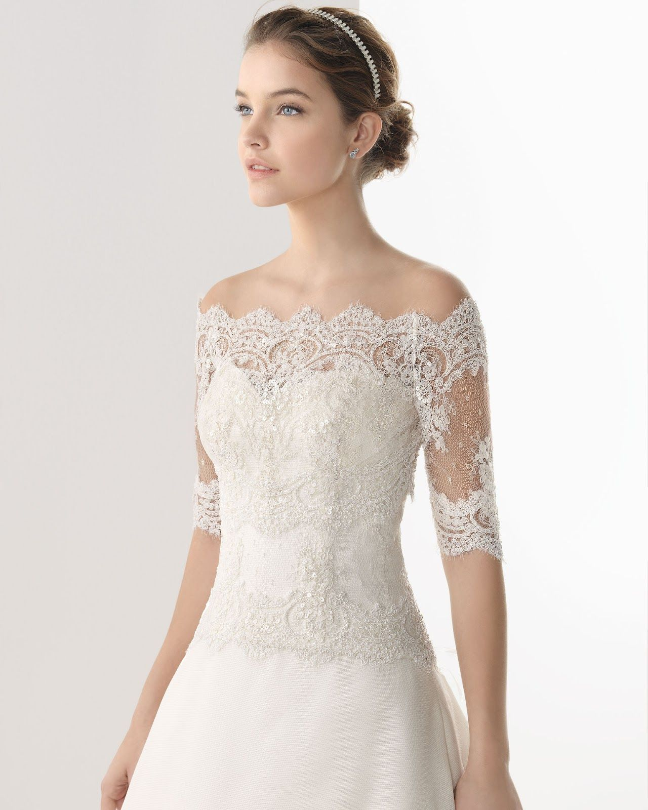 pictures of long train wedding dress with lace shoulders ...