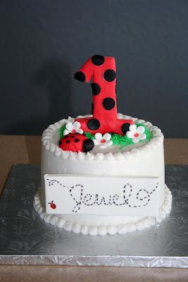 Ladybug Smash Cake Instead Of Staining Her Face Red