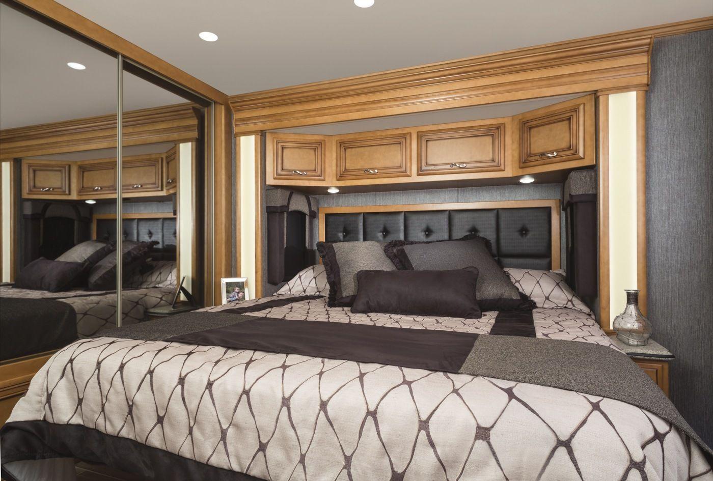 5th wheel master bedroom  master rv park models  interior  Recherche Google  Luxury th