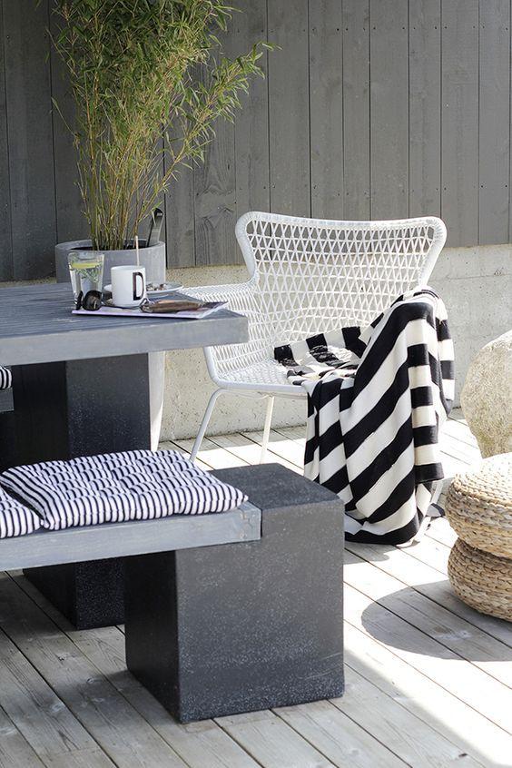 Liefde voor streepjes, ook in mijn interieur. Stripes, black and ...