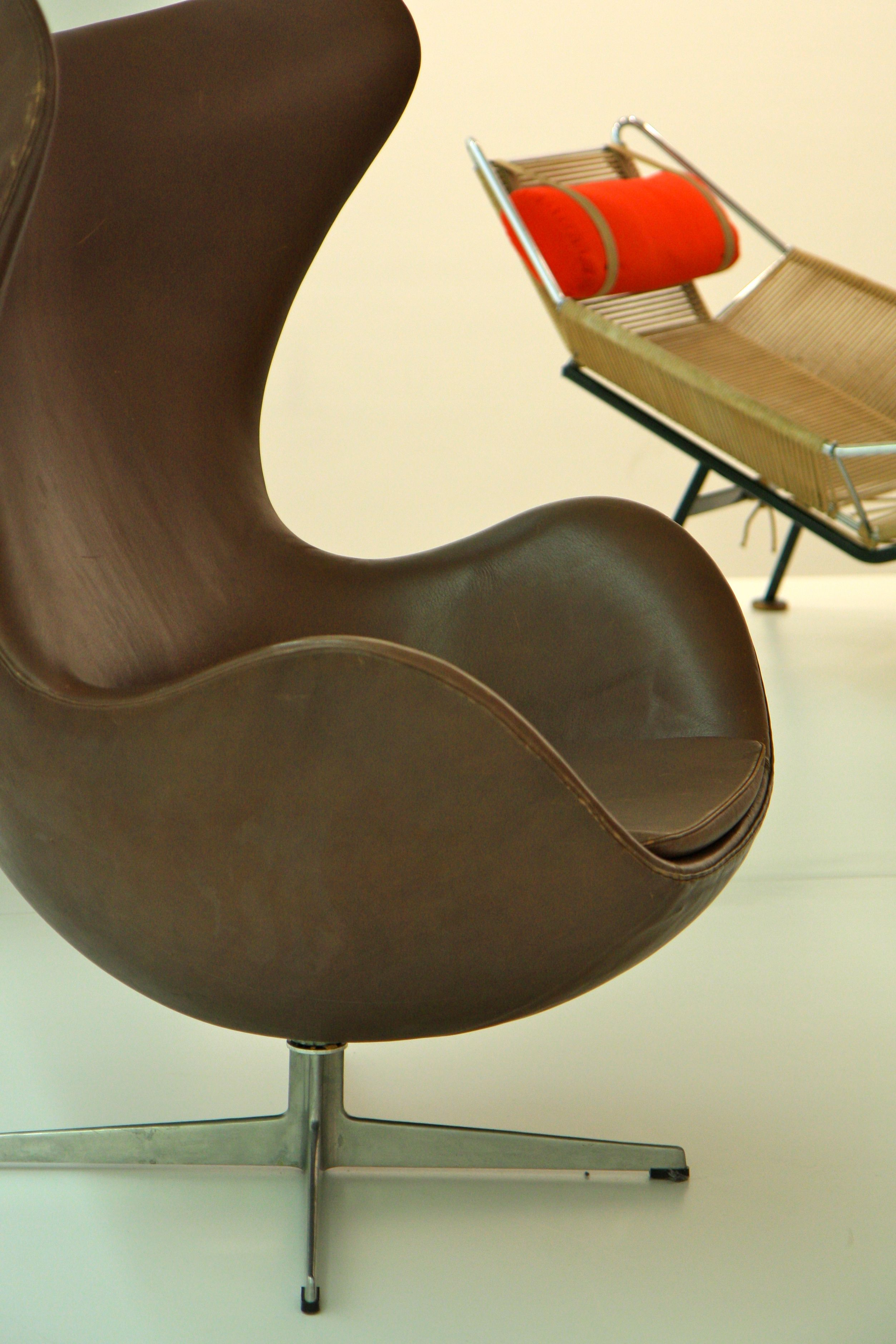 Arne Jacobsen Egg Chair and Hans Wagner Flag Halyard Chair at a