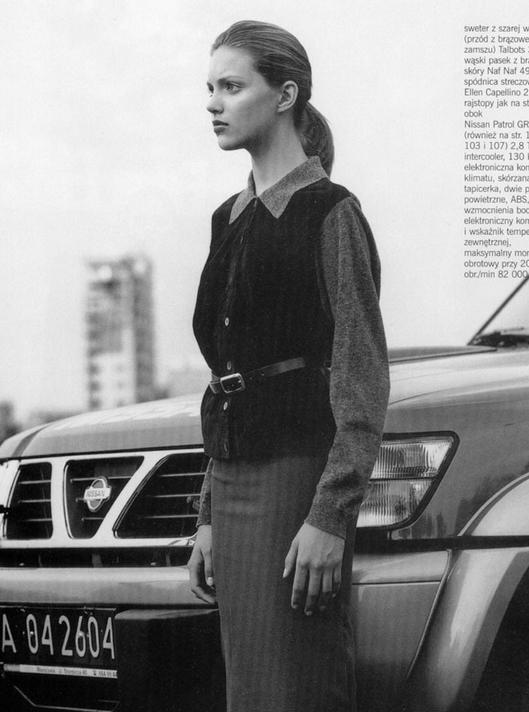 15-letnia Anja Rubik, Cosmopolitan, listopad 1998, fot. skan Cosmopolitan via TFS