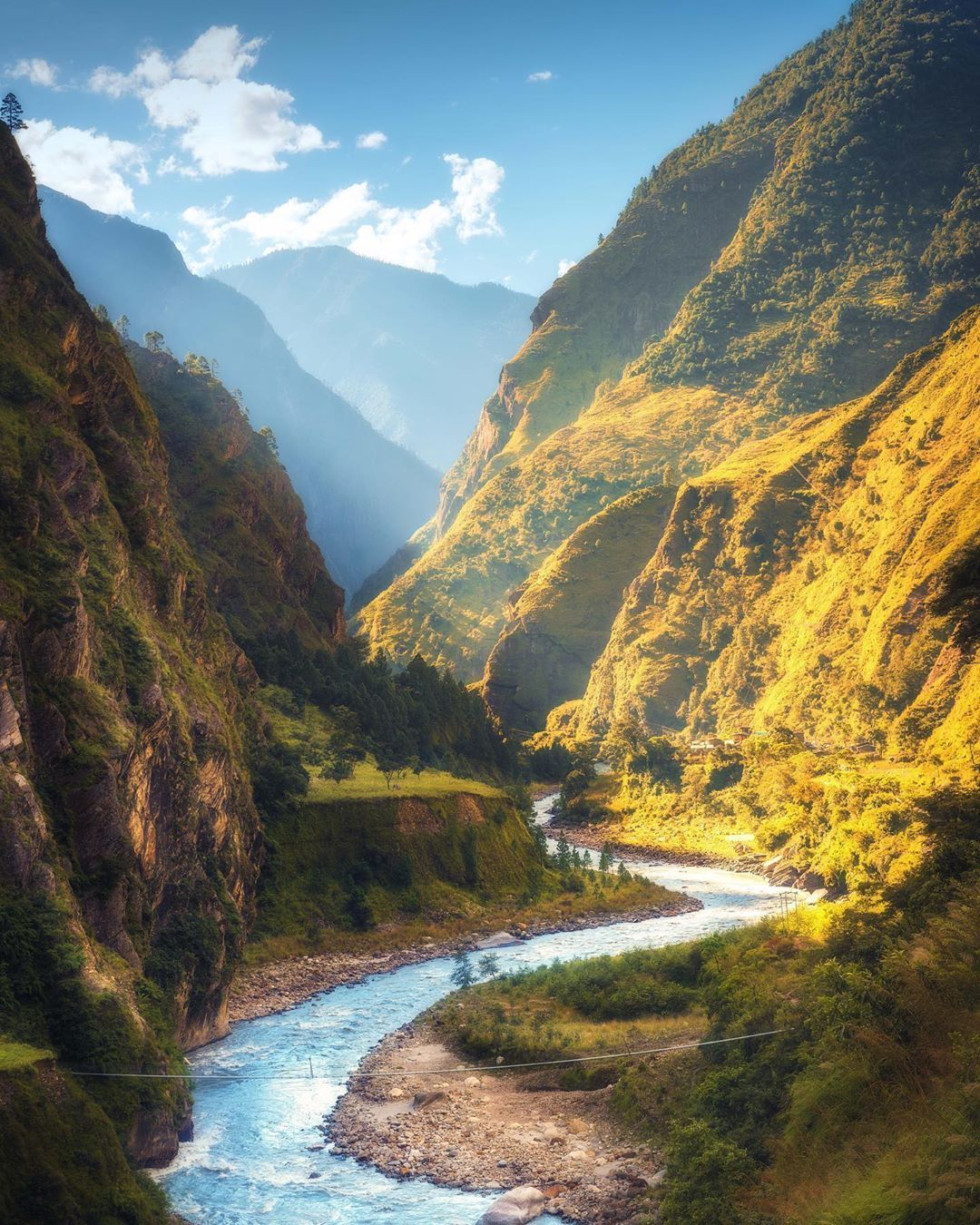Beautiful Mountains Valleys In Nepal Beautiful Stock Photos Sky And Clouds Stock Images Free