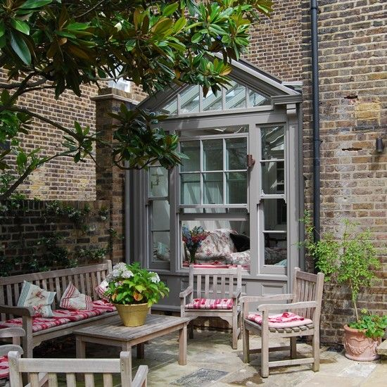 How to choose the ideal garden room conservatory design for Pinterest garden rooms