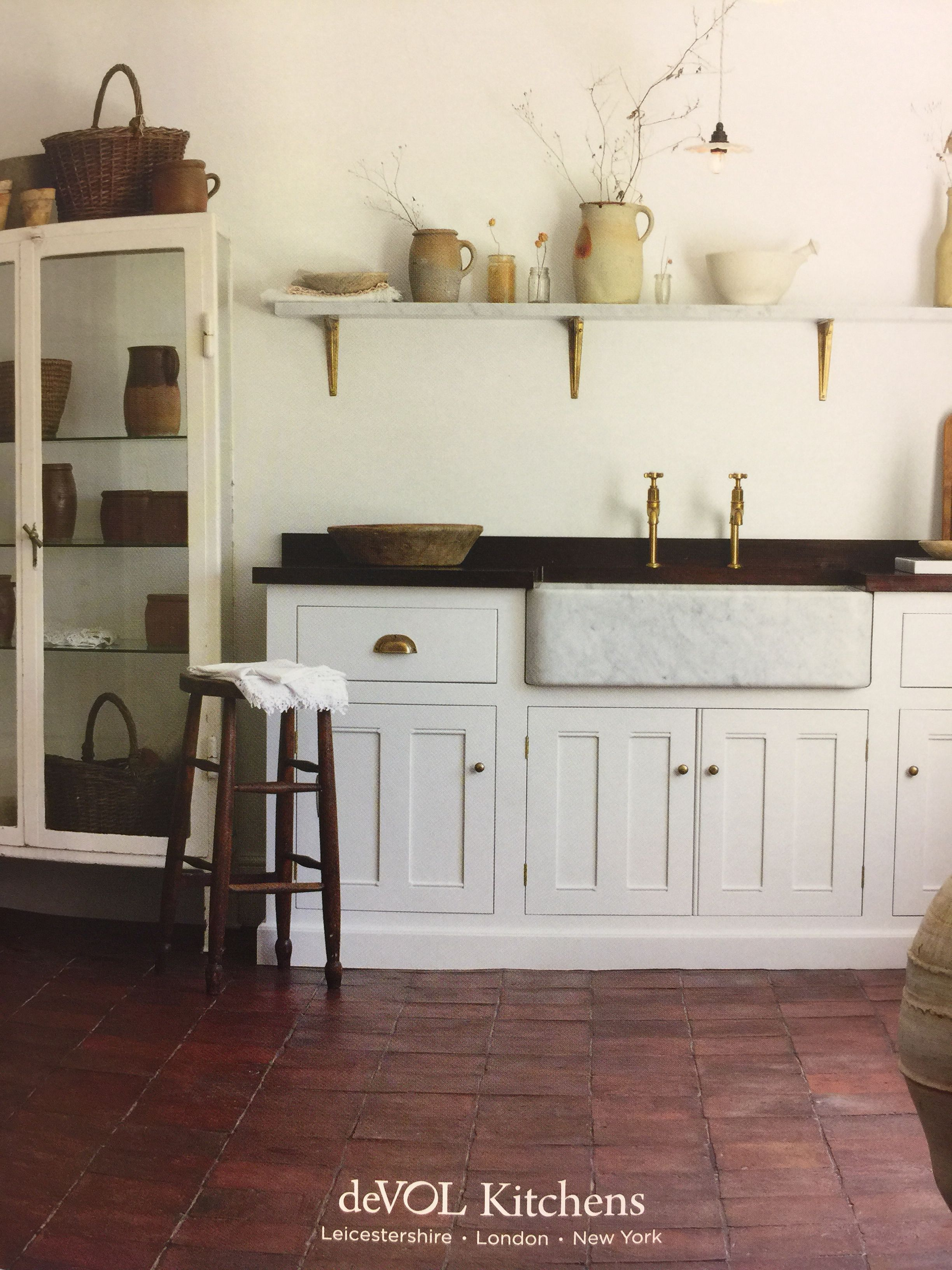 Park Art|My WordPress Blog_Modern Kitchen With Terracotta Floor Tiles