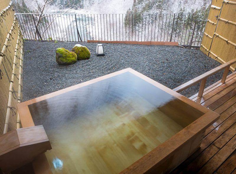 Japanese Soaking Tubs Design Ideas Japanese Soaking Tubs