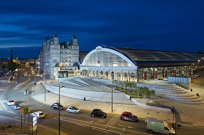 architectural photographer, Liverpool Lime Street Station