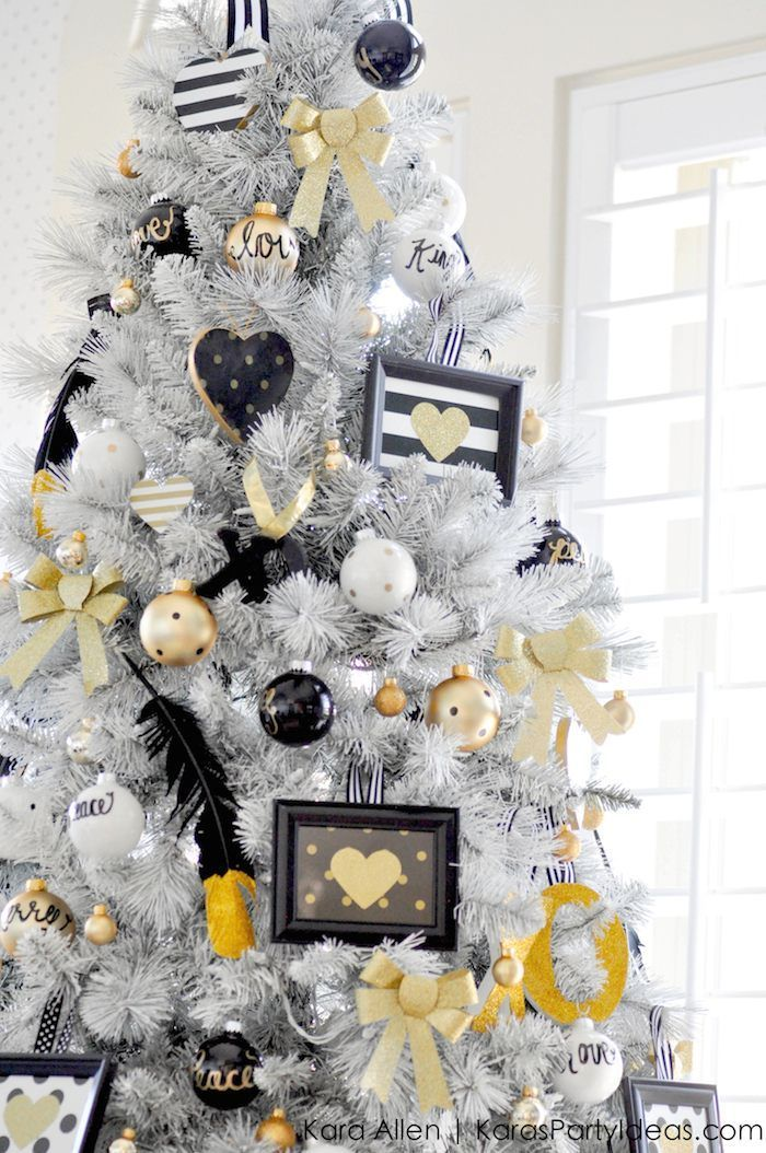 Black white christmas ideas christmas tree holidays for White and gold tree decorations