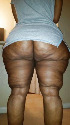 bbw-thighs-spread