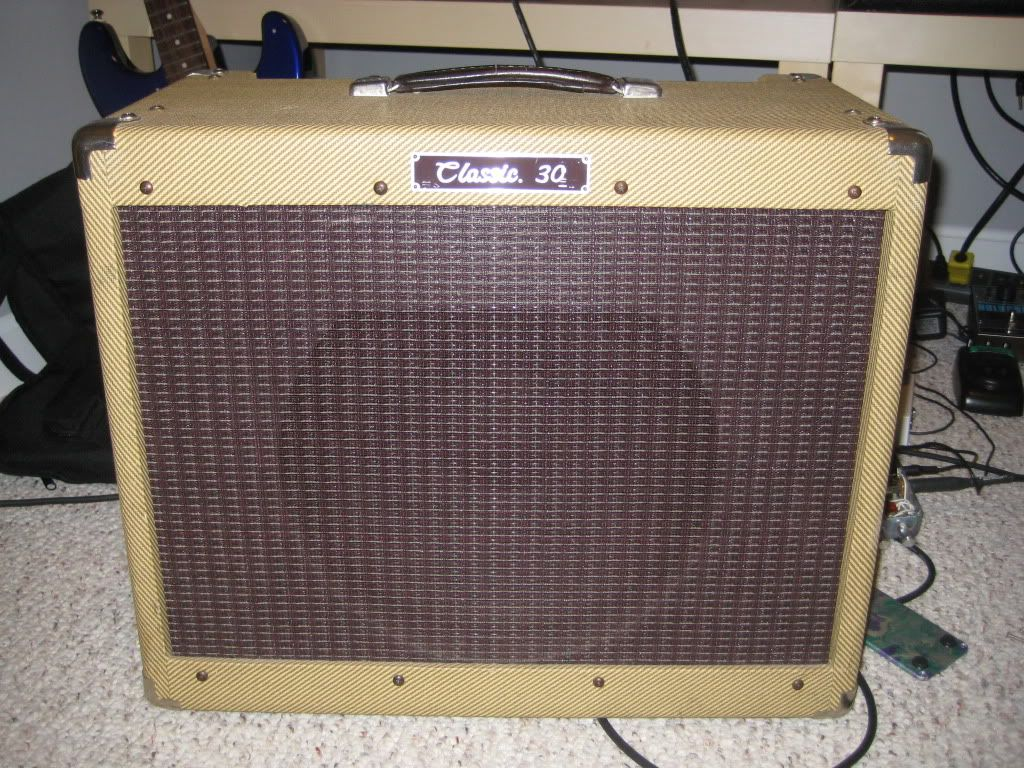 love the peavey classic 30 guitar amplifiers and effects. Black Bedroom Furniture Sets. Home Design Ideas