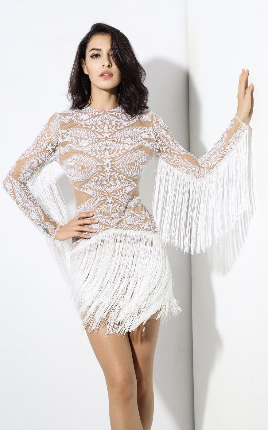 Move Over Little Black Dress This Season Is All About The Little White Dress And We Are Obsessed With This Beauty At F Dresses White Fringe Dress Fringe Dress [ 1400 x 873 Pixel ]