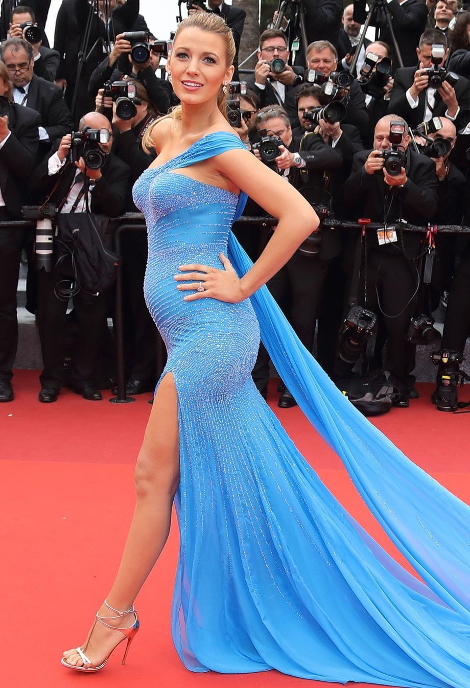 See Blake Lively's Baby Bump From EveryAngle See Blake Lively's Baby Bump From EveryAngle new pictures