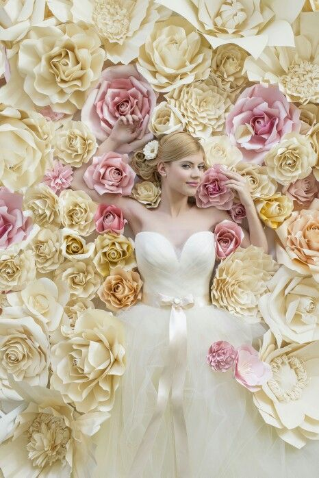 Photo of 2016 NAGY ÁGOTA COLLECTION Bryllup og tilfeldig klær UNE ÉCLORE – FØRSTE BLOMST …