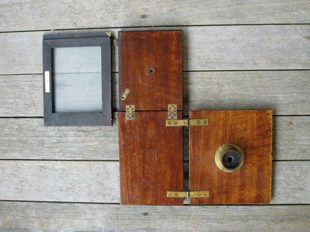 Lancaster Kapawl Folding Mahogany Box Camera