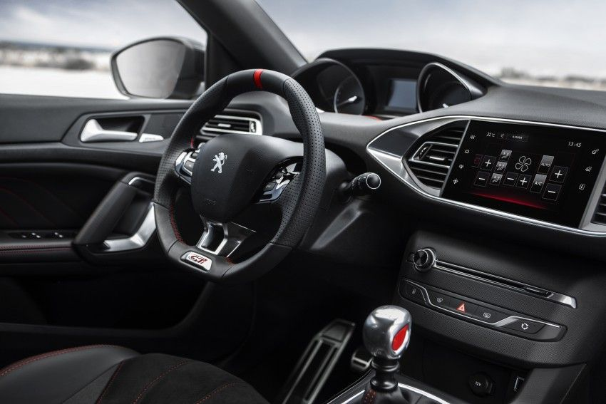 2016 Peugeot 308 Gti Review Muscular Gallic Rooster Salpicadero