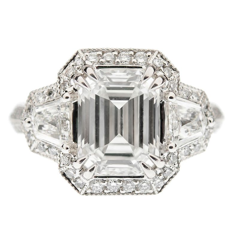 Diamond & platinum ring with 3 07 ct H color VVS1 clarity emerald cut cen