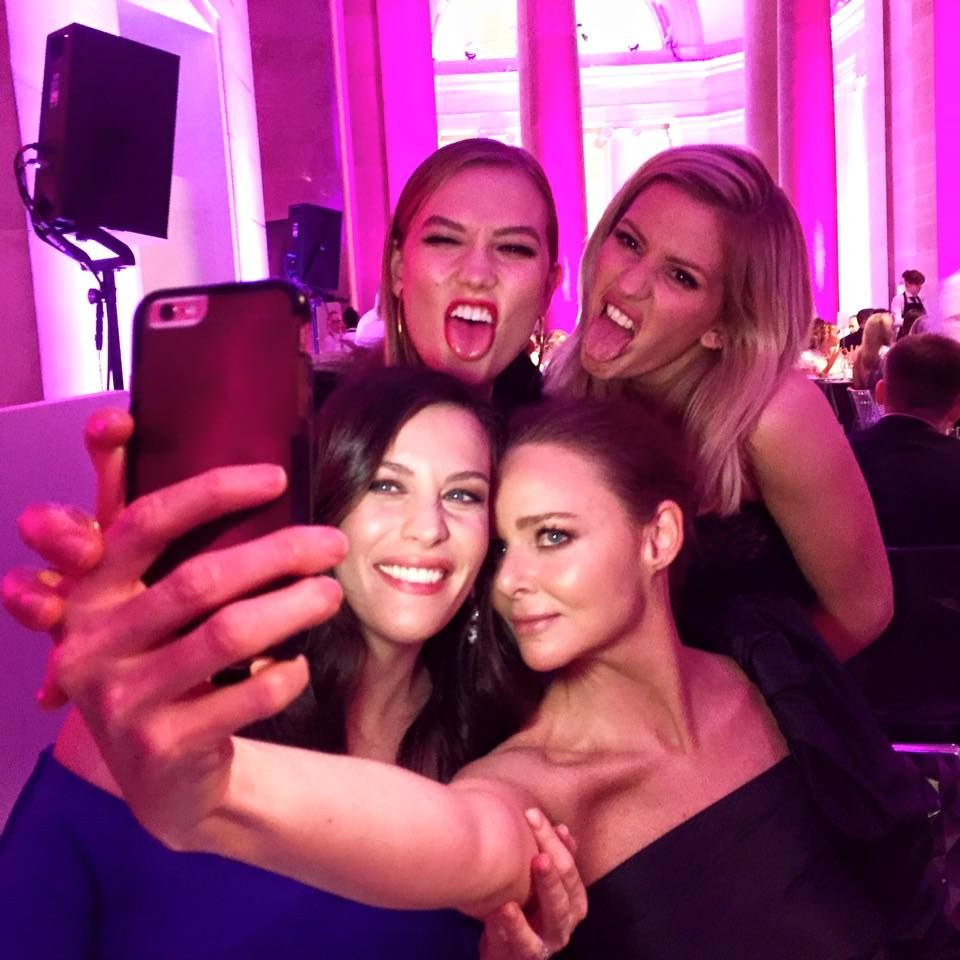 Selfie Selfie celebrity videos nudes (87 photo), Pussy, Leaked, Twitter, braless 2020