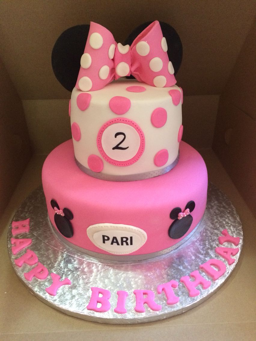 Mini mouse birthday cake. Pink and white polka dots. 2
