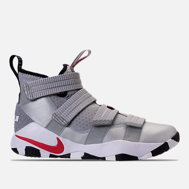 super popular 00361 a9854 Nike Men s LeBron Soldier XI SFG Basketball Shoes