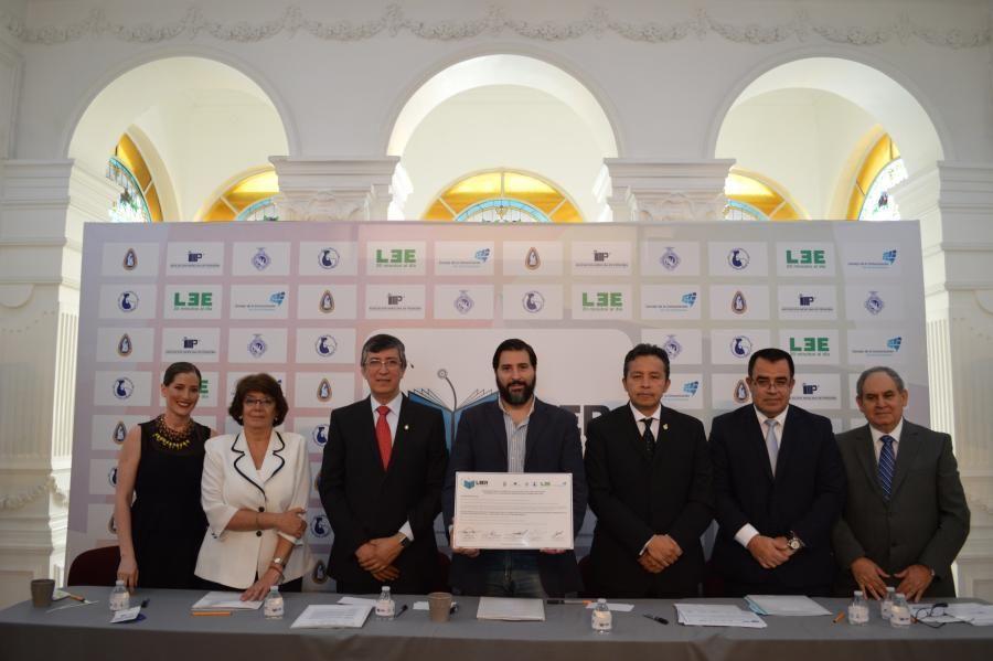 Más de 11 mil pediatras se suman como promotores de la lectura en México