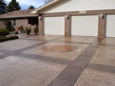 Image from http://tablemountaincreativeconcrete.com/2012/wp-content/uploads/catablog/fullsize/drivewaystampedconcrete-1328669328.jpg.