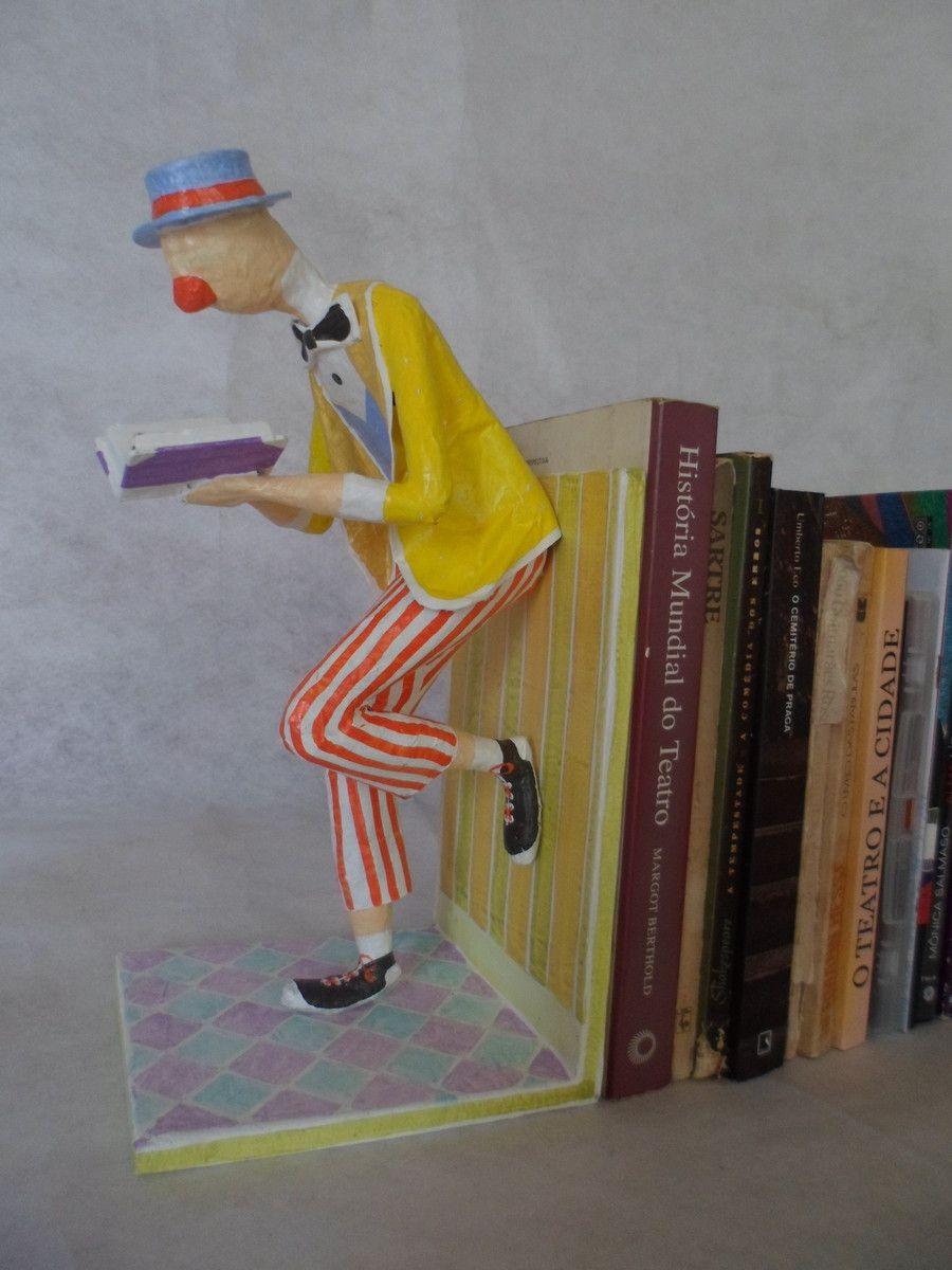 Palhaço suporte de livros