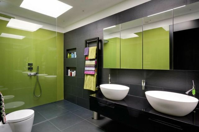 Déco reposante et tendance en vert pour la salle de bain Amazing - Salle De Bain Moderne Grise