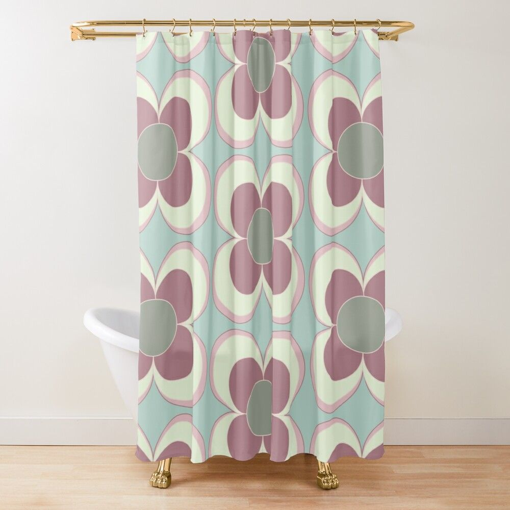 4am Marshmallow Daisy Shower Curtain By Ana Moreira Em 2020