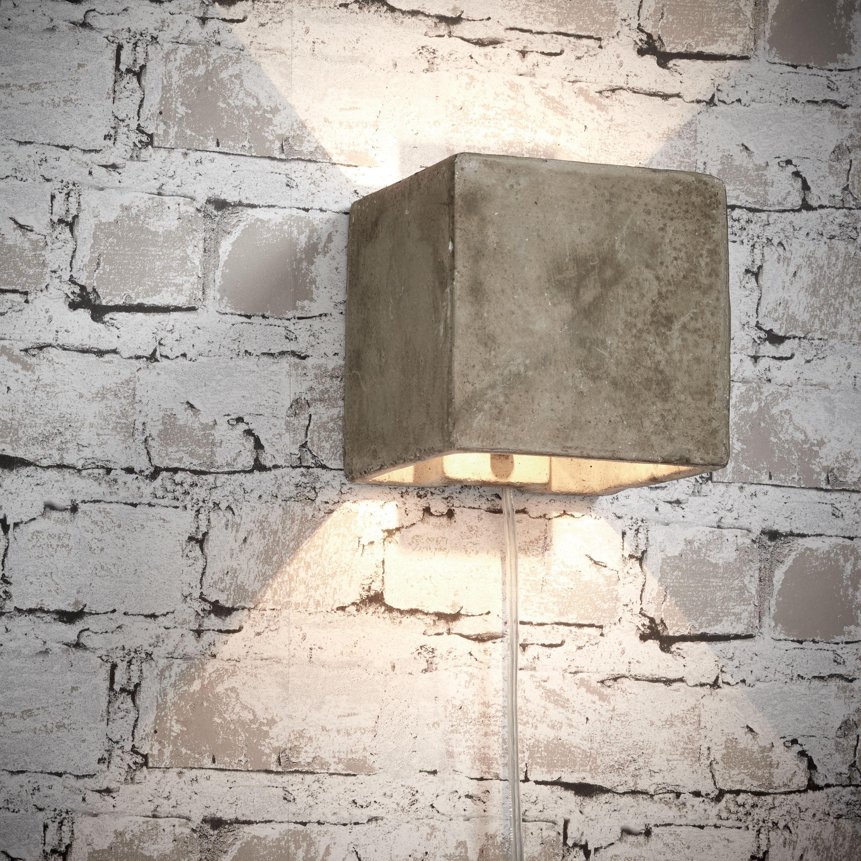 Kwantum lamp boven de planten hoek Wel met dimmer