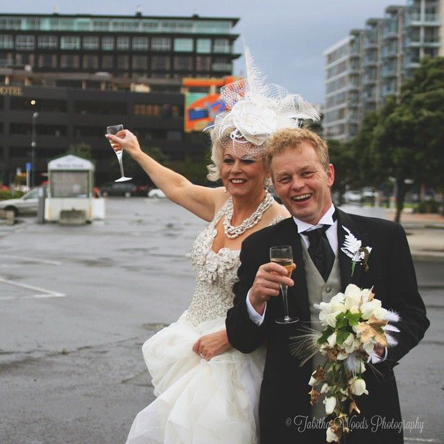 Exclusive Waterfront Wedding: Sometimes Keeping It Simple Is The Most Fun! With The