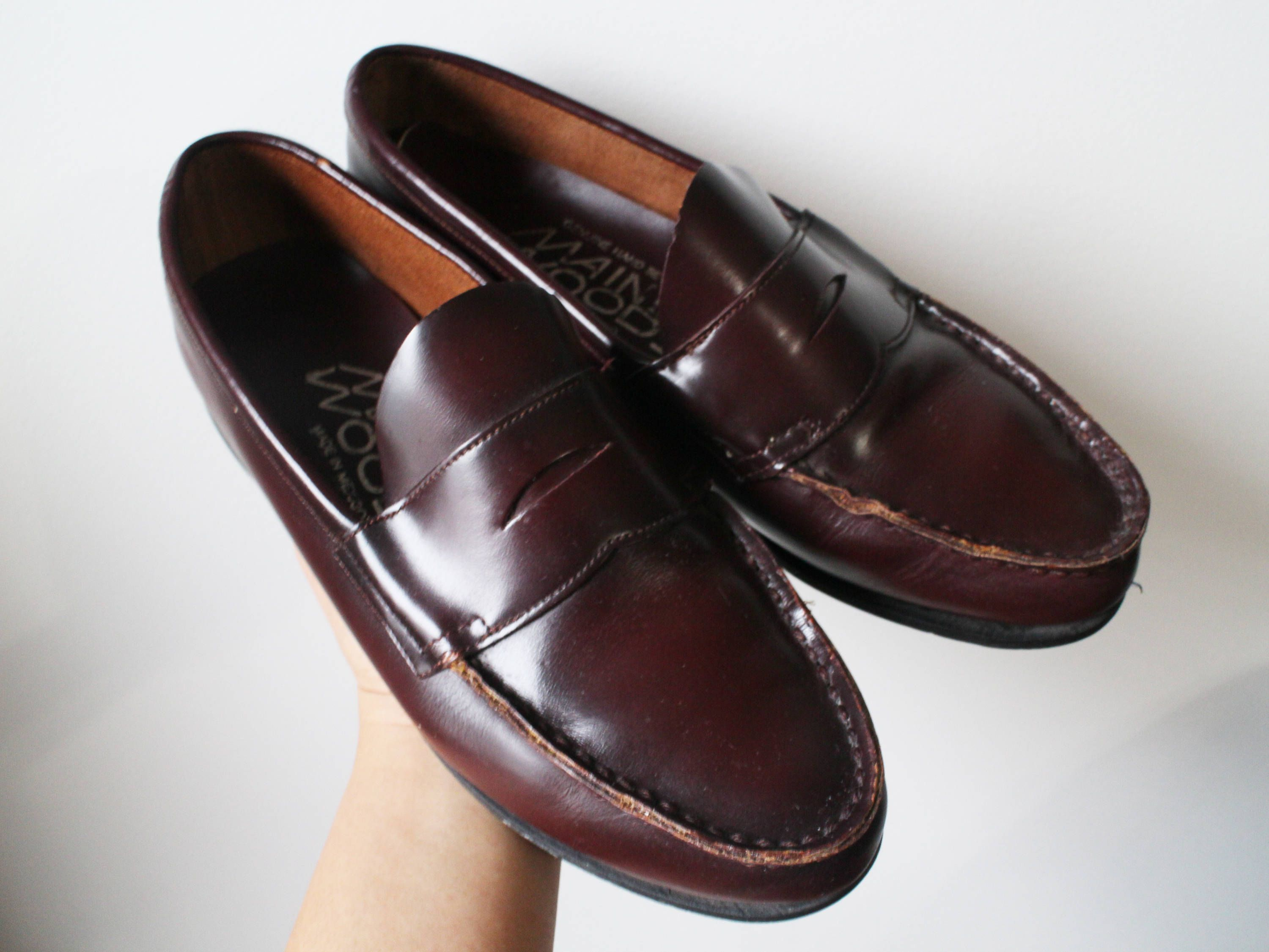 57553ddf5f3 Size 9.5 Vintage Womens MAINE WOODS Classic Genuine Leather Penny Loafers  Hand Sewn