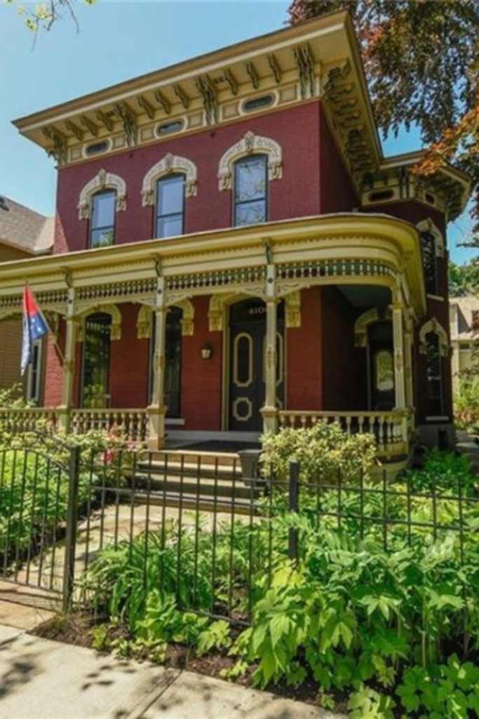 1875 Italianate In Cleveland Ohio Captivating Houses Victorian Homes Historic Homes Unusual Homes