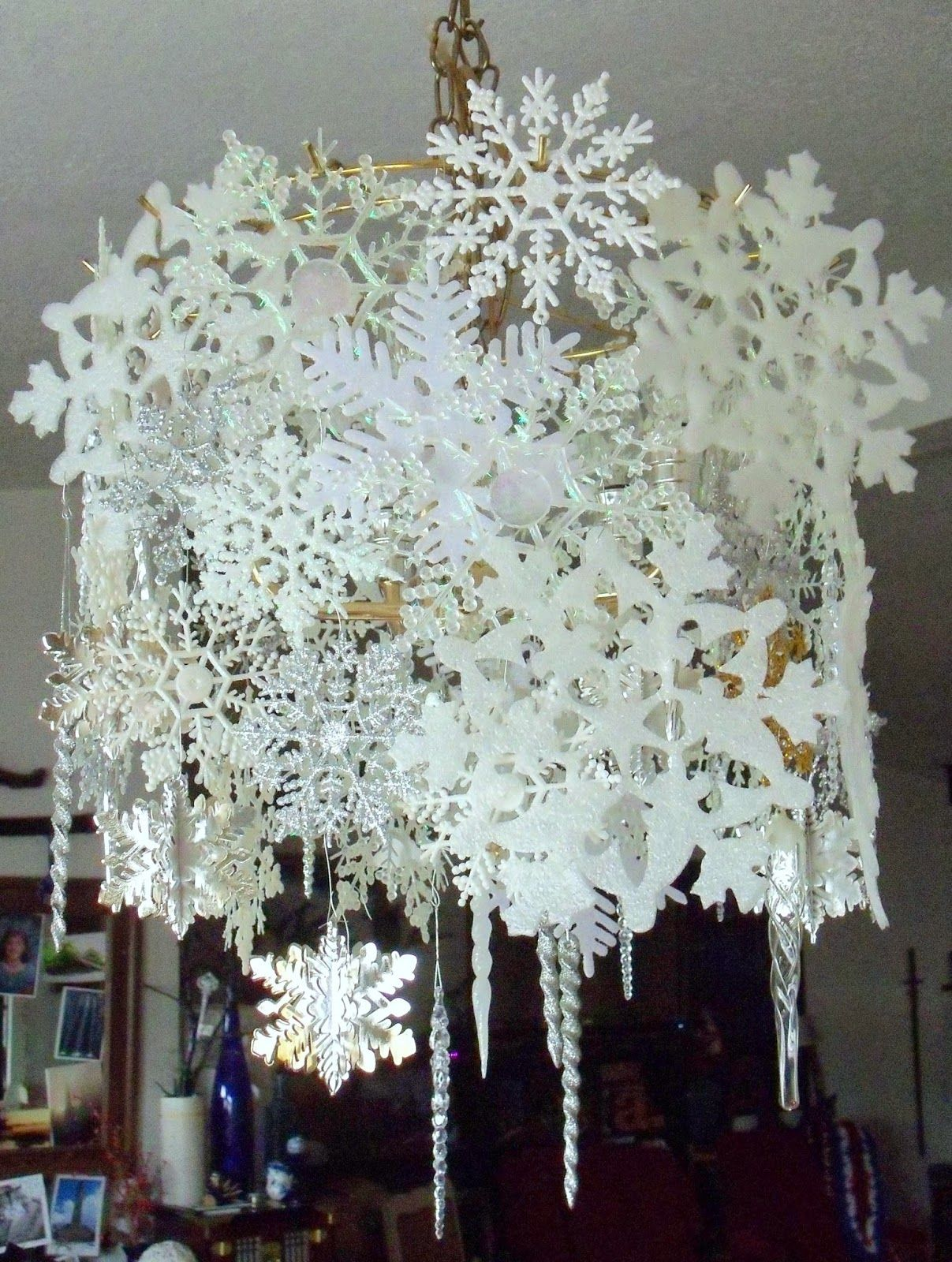 Make the best of things glittery silvery snowflake chandelier diy make the best of things glittery silvery snowflake chandelier diy christmas chandelier decorchandelier arubaitofo Image collections