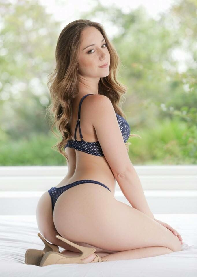 Hot Remy Lacroix R E M Y L A C R O I X Pinterest Thighs And Fashion