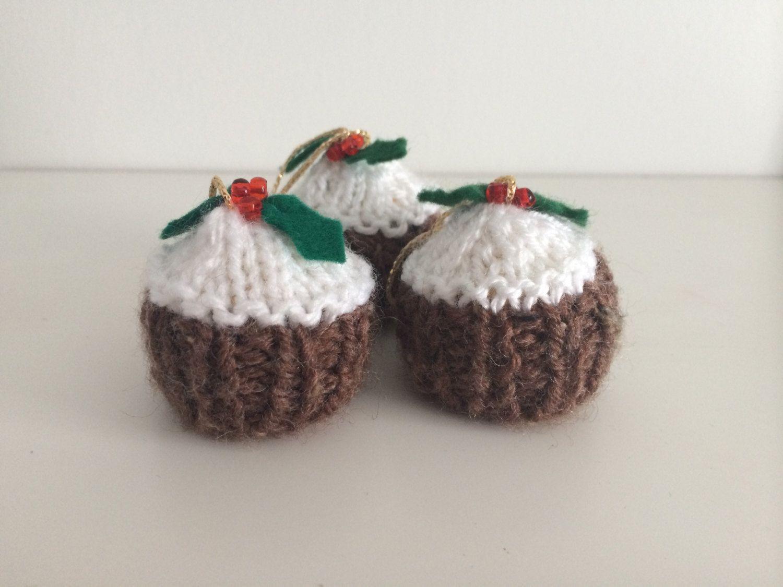 Knitted Christmas Pudding Decoration Pattern | Psoriasisguru.com