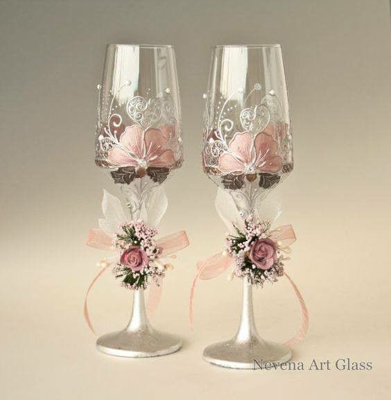 Pin de darlenys villegas en botellas decoradas pinterest - Copas de cristal decoradas ...