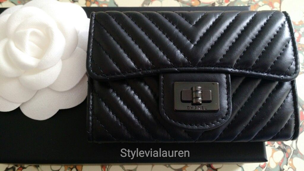 8ec0d6c18c23a1 Chanel Chevron So Black Reissue Card Holder from Pre Fall Collection ...