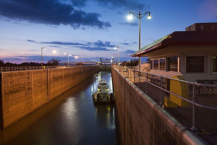 #westbatonrouge #onlylouisiana #portallen #locks #waterway #navigation #portallenlock #louisiana