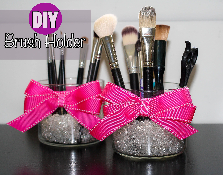 DIY Makeup Brush Holder- Pretty In Pigment | Pre Teen Makeup ...