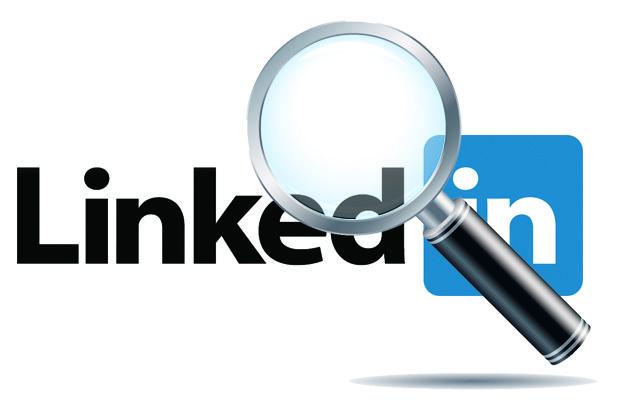 Vanzelfsprekend ben ik ook op LinkedIn te vinden. Wil je meer te weten komen over mijn arbeidsloopbaan of werkgerelateerde sociale profiel? Dan is dit de plek om meer informatie te vinden.